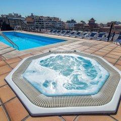 Отель Sunotel Aston Испания, Барселона - 5 отзывов об отеле, цены и фото номеров - забронировать отель Sunotel Aston онлайн бассейн фото 2