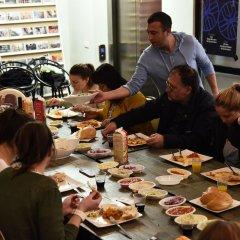 Cinema Hostel Jerusalem Иерусалим питание