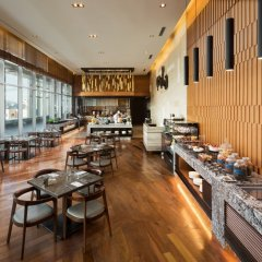 Отель Courtyard By Marriott Seoul Times Square питание
