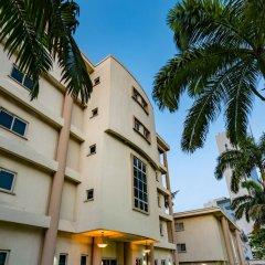 Отель Park Inn by Radisson, Lagos Victoria Island парковка