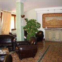Отель Sovestro Италия, Сан-Джиминьяно - отзывы, цены и фото номеров - забронировать отель Sovestro онлайн интерьер отеля фото 3