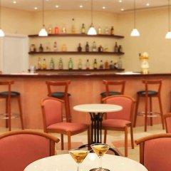 Отель Century Resort гостиничный бар