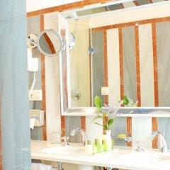 Las Casas De La Juderia Hotel ванная