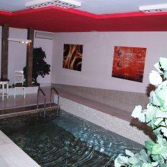 Отель No Problem Hotel at Glinka Street Армения, Ереван - отзывы, цены и фото номеров - забронировать отель No Problem Hotel at Glinka Street онлайн бассейн