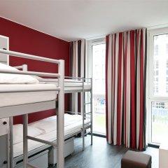 Отель ONE80° Hostels Berlin Кровать в общем номере с двухъярусной кроватью фото 2