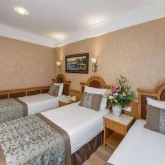 Zagreb Hotel комната для гостей