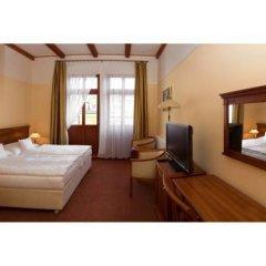 Отель Wellness Hotel Ida Чехия, Франтишкови-Лазне - отзывы, цены и фото номеров - забронировать отель Wellness Hotel Ida онлайн сейф в номере