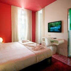 Отель Internacional Design Hotel - Small Luxury Hotels of the World Португалия, Лиссабон - 1 отзыв об отеле, цены и фото номеров - забронировать отель Internacional Design Hotel - Small Luxury Hotels of the World онлайн комната для гостей фото 2