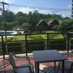Отель Marsi Pattaya балкон