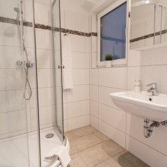Апартаменты CheckVienna – Apartment Kroellgasse ванная фото 4