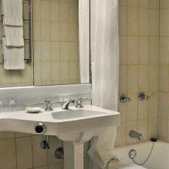 Отель Wilshire Grand США, Лос-Анджелес - отзывы, цены и фото номеров - забронировать отель Wilshire Grand онлайн ванная фото 2