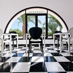 Отель azuLine Hotel Galfi Испания, Сан-Антони-де-Портмань - 1 отзыв об отеле, цены и фото номеров - забронировать отель azuLine Hotel Galfi онлайн развлечения