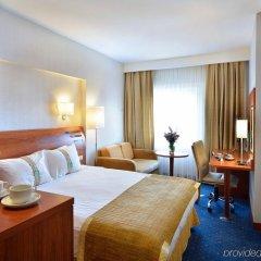 Отель Holiday Inn Istanbul City комната для гостей фото 2