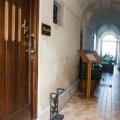 Отель Domus Mariae Albergo Италия, Сиракуза - отзывы, цены и фото номеров - забронировать отель Domus Mariae Albergo онлайн интерьер отеля