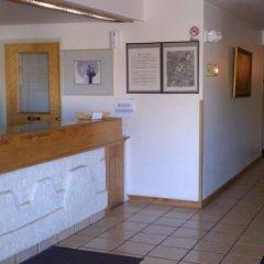 Отель Goodnite Inn and Suites интерьер отеля