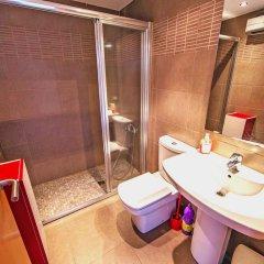 Отель Estudio Madrid Испания, Курорт Росес - отзывы, цены и фото номеров - забронировать отель Estudio Madrid онлайн ванная фото 2