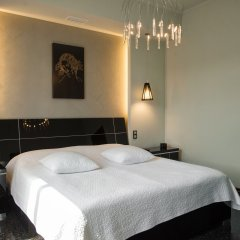 Бутик-отель MONA сейф в номере