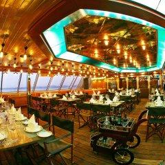 Vintage Luxury Yacht Hotel фото 2