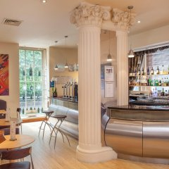 Corus Hotel Hyde Park гостиничный бар