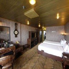 Vintage Luxury Yacht Hotel комната для гостей