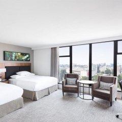 Отель DoubleTree by Hilton Hotel & Suites Victoria Канада, Виктория - отзывы, цены и фото номеров - забронировать отель DoubleTree by Hilton Hotel & Suites Victoria онлайн комната для гостей фото 2