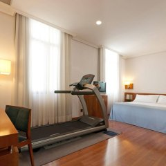 Отель Tryp Madrid Atocha Hotel Испания, Мадрид - 8 отзывов об отеле, цены и фото номеров - забронировать отель Tryp Madrid Atocha Hotel онлайн фитнесс-зал фото 2