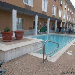 Отель Comfort Inn & Suites Frisco - Plano бассейн фото 2