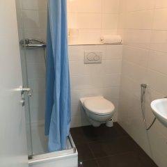 Отель Kn Kahtan Boarding House Германия, Мюнхен - отзывы, цены и фото номеров - забронировать отель Kn Kahtan Boarding House онлайн ванная фото 2