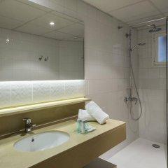 Отель Rosamar & Spa Испания, Льорет-де-Мар - 1 отзыв об отеле, цены и фото номеров - забронировать отель Rosamar & Spa онлайн ванная фото 2