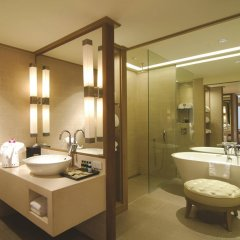 Отель Avani Pattaya Resort Таиланд, Паттайя - 6 отзывов об отеле, цены и фото номеров - забронировать отель Avani Pattaya Resort онлайн ванная