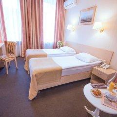 Гостиница Бристоль 3* Стандартный номер с 2 отдельными кроватями фото 2