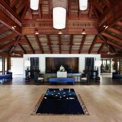 Отель Sheraton Maldives Full Moon Resort & Spa фитнесс-зал фото 4