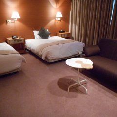 Отель Green Rich Nishitetsu Ohashi Ekimae Фукуока комната для гостей фото 2