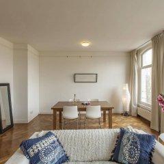 Апартаменты Rijksmuseum Apartment комната для гостей фото 3