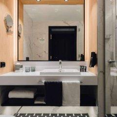 Отель Clarion Hotel Aviapolis Финляндия, Вантаа - 11 отзывов об отеле, цены и фото номеров - забронировать отель Clarion Hotel Aviapolis онлайн ванная