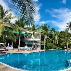 Отель First Bungalow Beach Resort Таиланд, Самуи - 6 отзывов об отеле, цены и фото номеров - забронировать отель First Bungalow Beach Resort онлайн бассейн