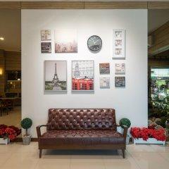 Отель New Suanmali Hotel Таиланд, Бангкок - отзывы, цены и фото номеров - забронировать отель New Suanmali Hotel онлайн интерьер отеля фото 2