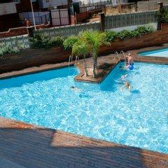 Hotel Bernat II бассейн