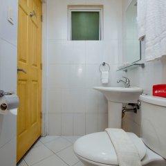 Отель Alejandra Hotel Филиппины, Макати - отзывы, цены и фото номеров - забронировать отель Alejandra Hotel онлайн ванная