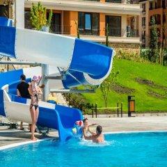 Отель Апарт-Отель Premier Fort Beach Болгария, Свети Влас - отзывы, цены и фото номеров - забронировать отель Апарт-Отель Premier Fort Beach онлайн бассейн фото 3