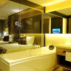 Отель Four Seasons Apple Hotel (Beijing Wanda Plaza) Китай, Пекин - отзывы, цены и фото номеров - забронировать отель Four Seasons Apple Hotel (Beijing Wanda Plaza) онлайн ванная
