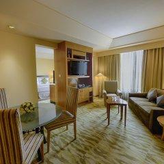 Отель The Grand New Delhi комната для гостей фото 3
