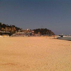 Отель Hostal Blanes La Barca Испания, Бланес - отзывы, цены и фото номеров - забронировать отель Hostal Blanes La Barca онлайн пляж