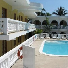 Отель The Gardenia Resort бассейн фото 3