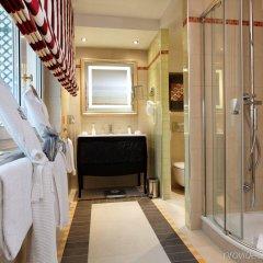 Majestic Hotel - Spa Paris ванная фото 2