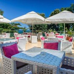 Отель Marina Grand Beach Золотые пески бассейн