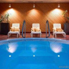 Отель Mercure Warszawa Centrum бассейн