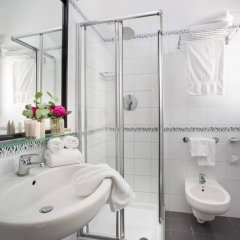 Hotel Continental Rimini Римини ванная фото 2