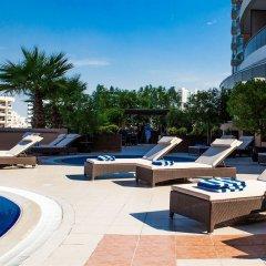 Отель Majestic City Retreat Hotel ОАЭ, Дубай - 5 отзывов об отеле, цены и фото номеров - забронировать отель Majestic City Retreat Hotel онлайн бассейн фото 2