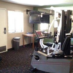 Отель Super 8 Barstow фитнесс-зал фото 3